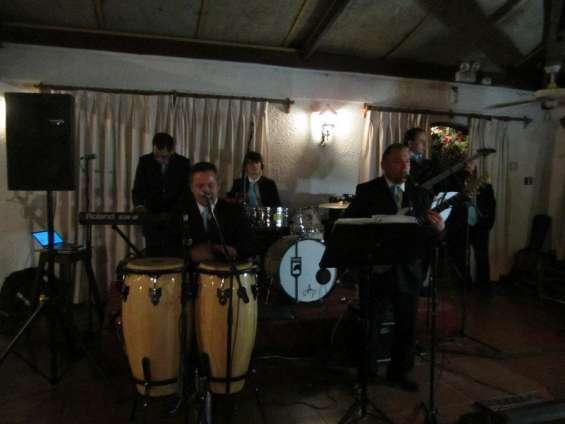 Orquesta matrimonios eventos fiestas cumpleaños