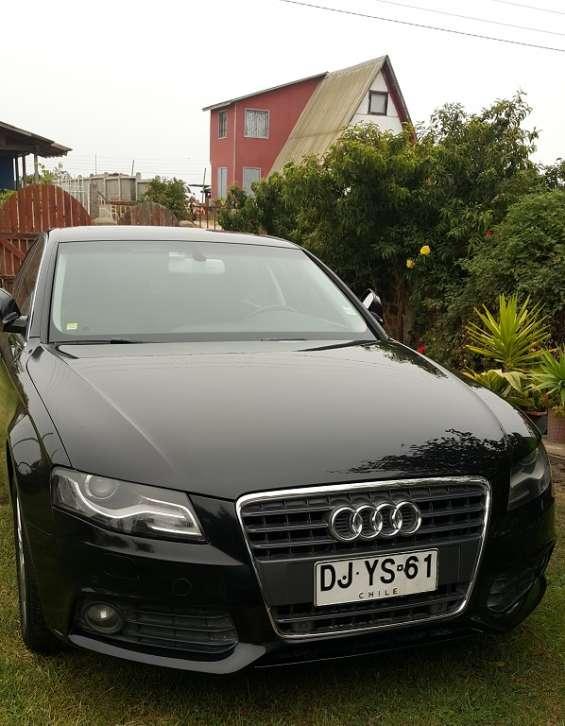 Audi a4 1.8t fsi top de linea