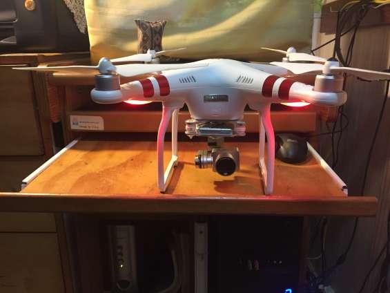 Drone dji plantom 3 poco uso faltando control remoto