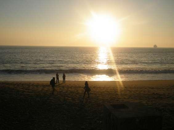 Deptos. amoblados con vista al mar a pasos de las playas