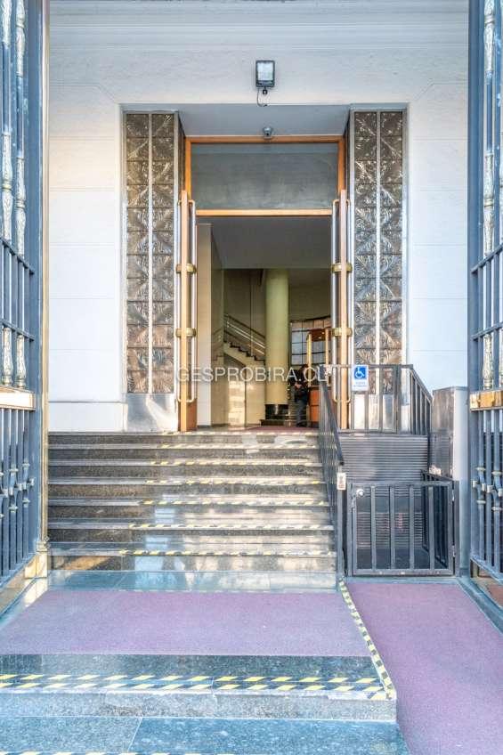 Fotos de P91 arriendo oficina santiago centro metro moneda 1908sanarr91 15